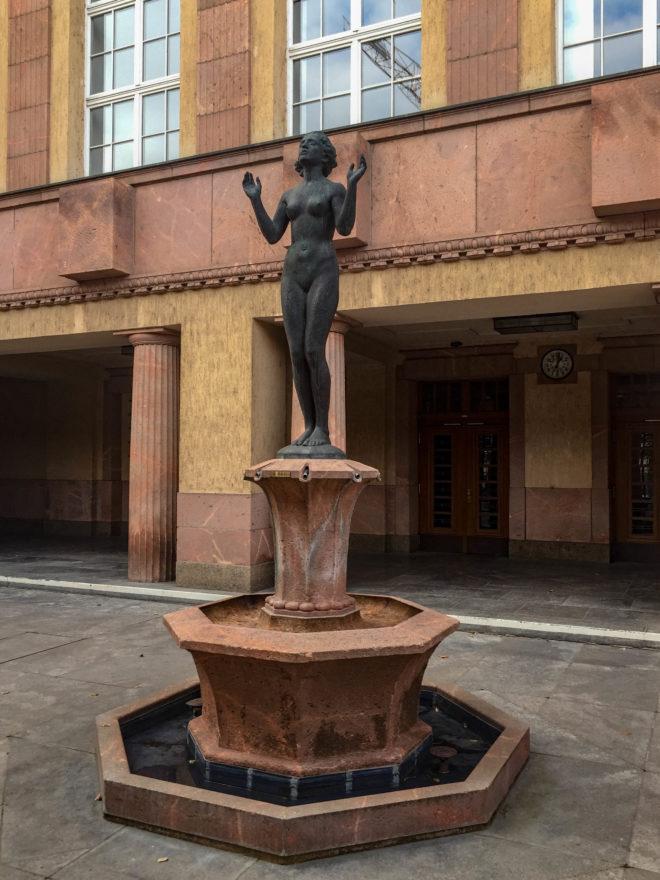 Verwaltungsgebäude, 1922-1925. Architekt: Otto Droge