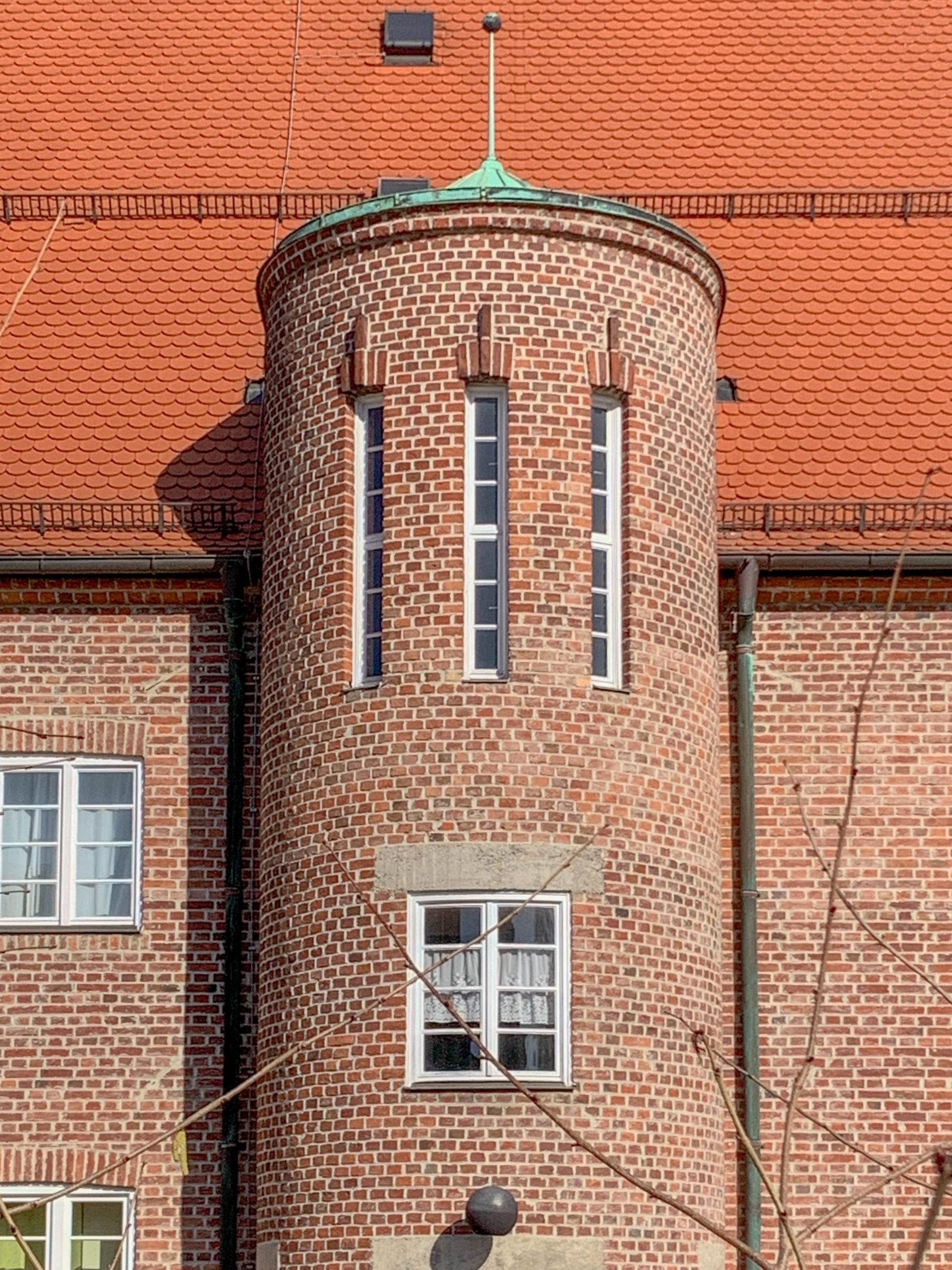 Ehemaliges Postamt, 1929. Architekten: Georg Werner, Eduard Härtinger