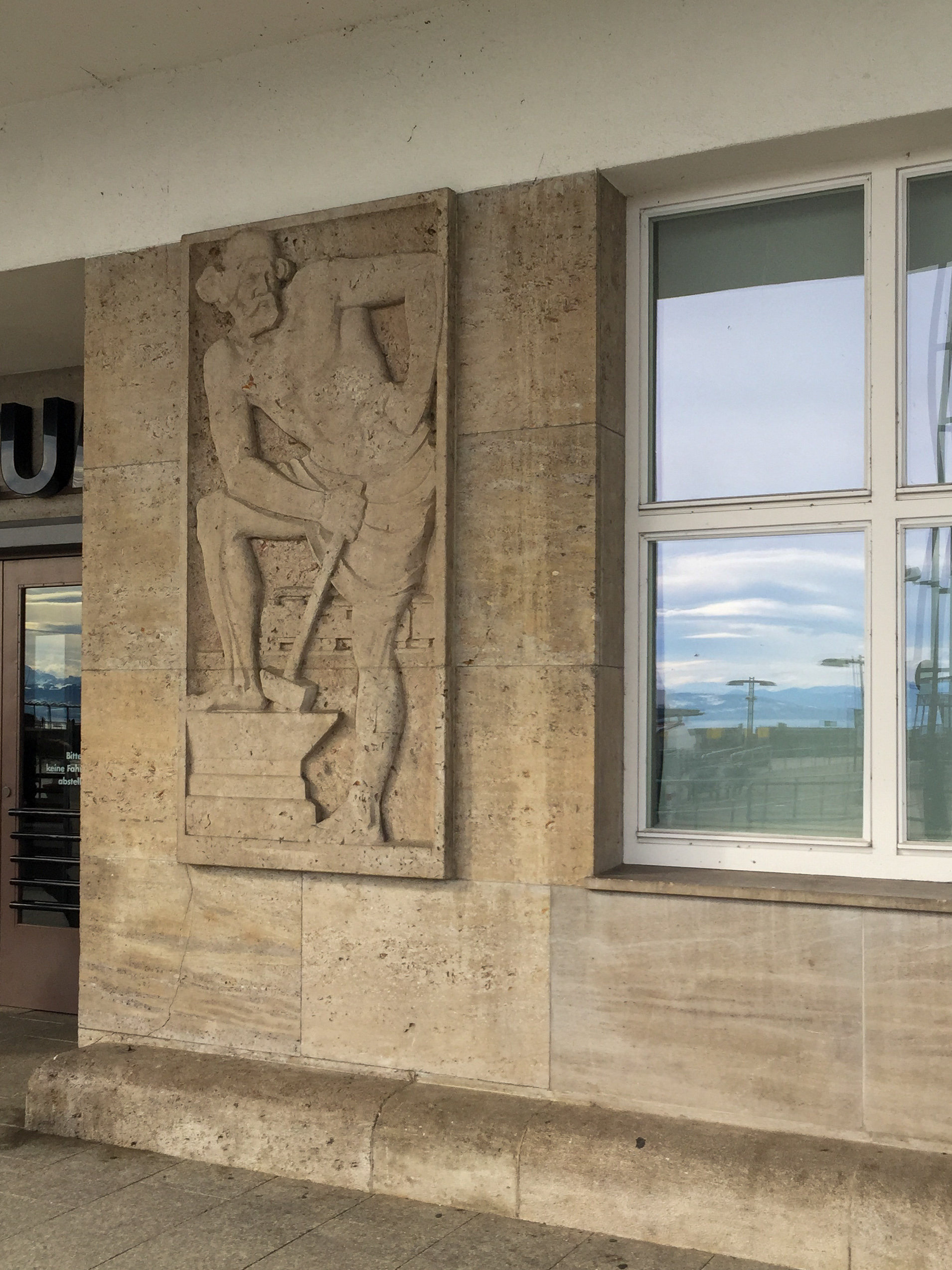 Port station, 1929-1933. Architect: Karl Hagenmayer