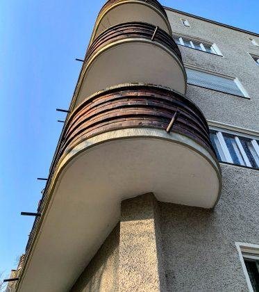 Wohnanlage, 1929-1930. Architekt: Otho Orlando Kurz
