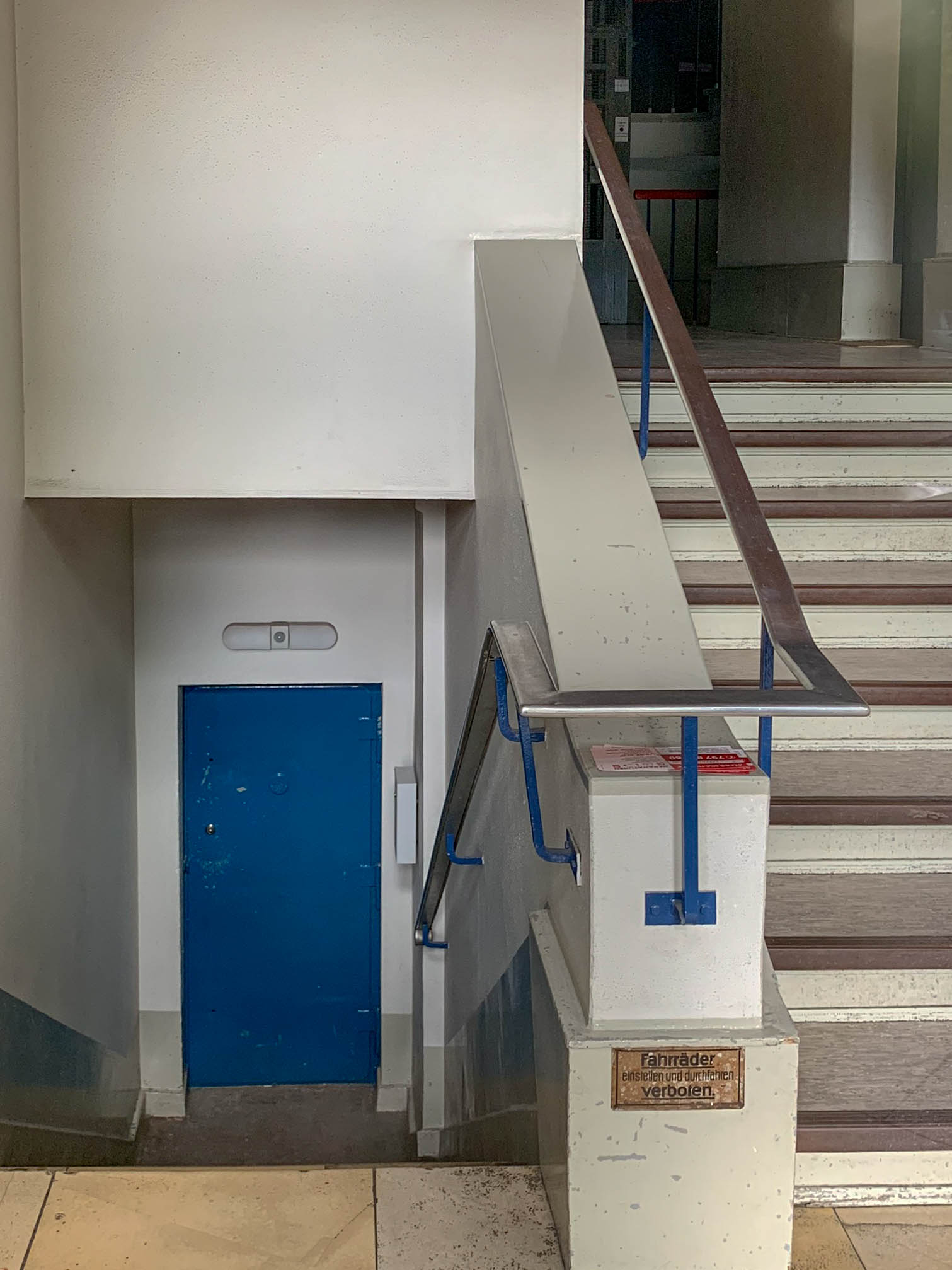 Apartement Building, 1929-1931. Architects: Hans Scharoun, Georg Jacobowitz