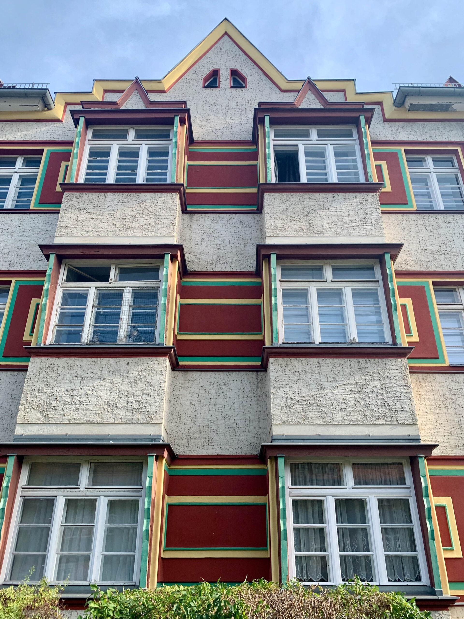 Zeppelinstrasse Estate, 1926-1927. Architect: Richard Ermisch