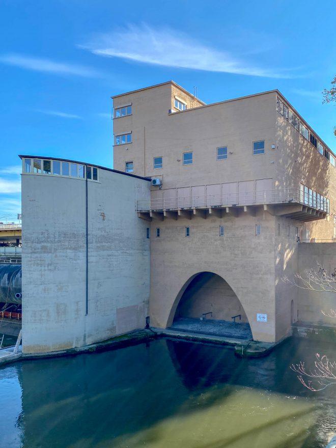 Wasserkraftwerk Cannstatt, 1927-1930. Architekt: Paul Bonatz